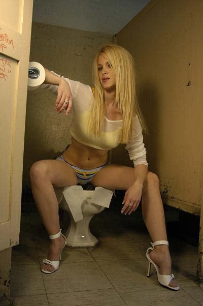 pissing in pantie hose jpg 400x602
