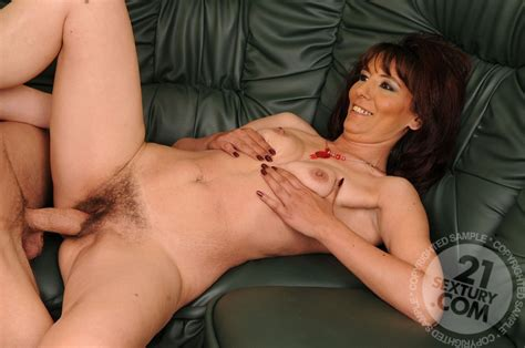 mature women haing sex jpg 960x637